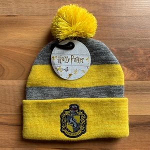 NWT Hufflepuff Winter Hat